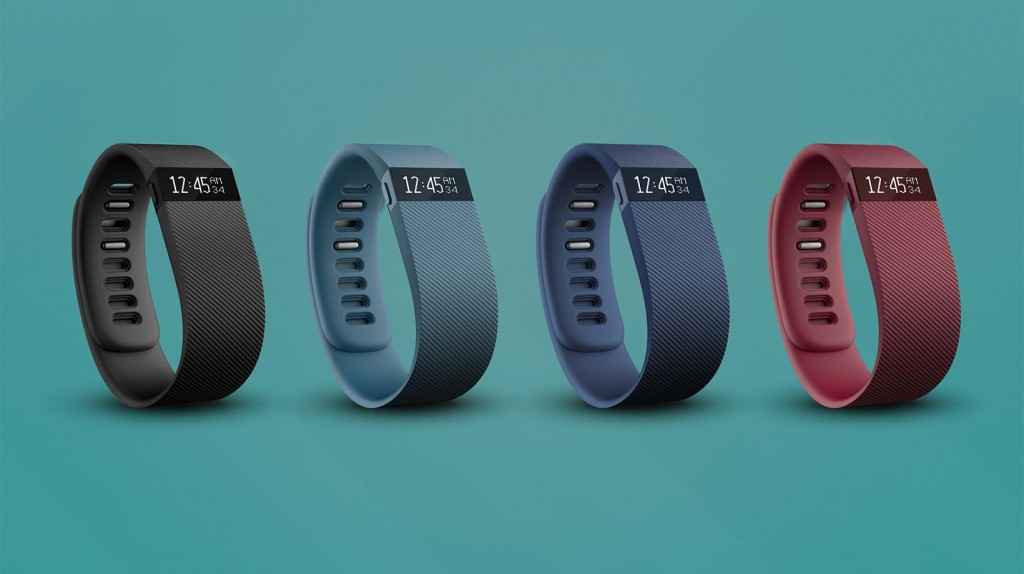 pick_activity_trackers_fitbit_charge_01